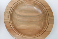 A highly figured Elm plate, it measured 250 mm in diameter by 50 mm deep, a beaded lip was used for the top inside rim.